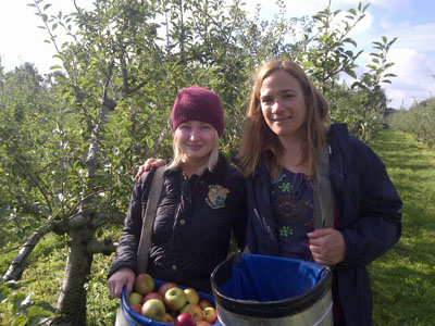 Lathcoats Farm apple picking 4