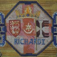 images/singlethread/embroidery/kneelers/b-Richard.jpg